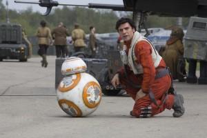 BB-8 und Poe Dameron in der Basis des Widerstands.