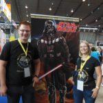Florian und Ines am Panini-Stand auf der Comic Con Stuttgart