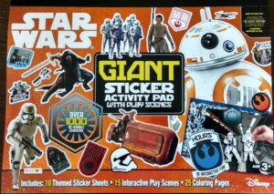 Star Wars: The Force Awakens: Giant Sticker Activity Pad with Play Scenes (04.09.2015)