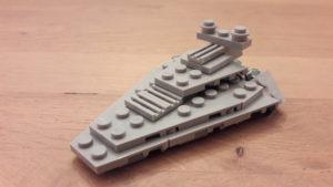 LEGO Star Wars Magazin #42 - Star Destroyer - Set Seitenansicht